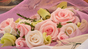 Handgjorda dekorativa pappers- blommor Royaltyfri Foto