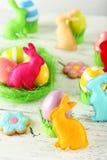 Handgjorda easter kaniner Arkivbild