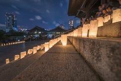 Handgjorda japanska rispapperlyktor som exponerar momenten av Royaltyfria Bilder