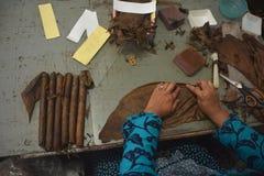 Handgjorda Jembers cigarrer Arkivbild