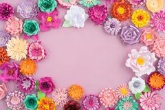Handgjorda pappers- blommor Royaltyfria Foton
