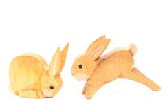 Handgjorda sned easter kaniner Arkivbilder