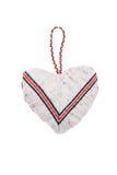 Handgjort    Hjärta-valentin på en isolerad bakgrund arkivfoton