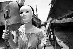 Handheld маска заварки женск-черная и белая стоковое фото rf