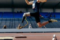 Handicap del saltatore dell'atleta fotografie stock