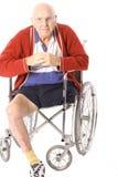 Handikapgroßvater mit dem Fahrwerkbein   Lizenzfreie Stockbilder