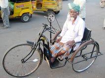 handikappad indisk man Arkivbilder