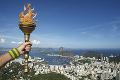 Handinnehavfackla Rio de Janeiro Brazil Royaltyfria Foton