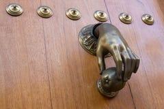 Handknackare inre trä för dörr Fotografering för Bildbyråer