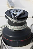 Handkurbel auf einem Segelnboot. Lizenzfreie Stockbilder