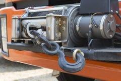 Handkurbel auf Front von Rettungs-LKW stockfotos