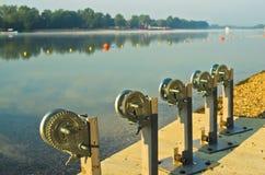 Handkurbel für Boote am Ada-Inselseestrand in Belgrad Lizenzfreies Stockbild