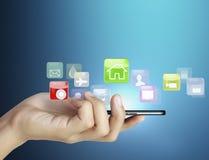 Handlag avskärmer mobil ringer Fotografering för Bildbyråer