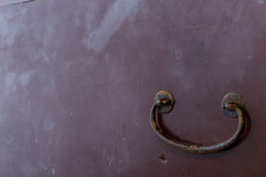 Handle on wooden chest Royalty Free Stock Photos