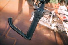Handlebar ποδηλάτων στον ήλιο περπατώντας στοκ φωτογραφίες με δικαίωμα ελεύθερης χρήσης