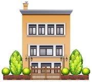 Handlowy budynek z ogrodzeniem Zdjęcia Royalty Free