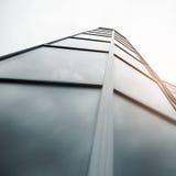 Handlowy budynku drapacz chmur robić szkło Obrazy Royalty Free
