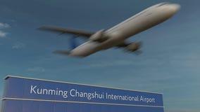 Handlowy samolot bierze daleko przy Kunming Changshui lotniska międzynarodowego Redakcyjnym 3D renderingiem Zdjęcia Royalty Free