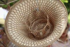 Handmade бамбуковая шляпа на азиатском рынке Стоковое Фото
