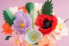 Handmade бумажные цветки стоковое изображение