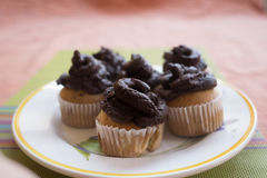 Handmade булочки с сливк шоколада Стоковые Фото