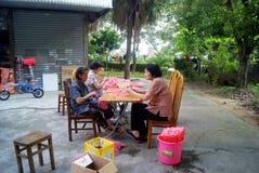 Handmade женщины в Шэньчжэне, фарфоре Стоковые Фото