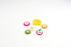 Handmade игрушка в форме плодоовощей и еды сделанных из войлока конец Стоковое Изображение