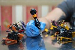 handmade изолированная белизна машины используемая tattoo Стоковые Изображения