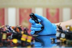 handmade изолированная белизна машины используемая tattoo Стоковые Фотографии RF