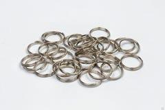 Handmade кольца на белой предпосылке Стоковое Изображение RF