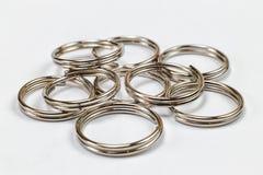 Handmade кольца на белой предпосылке Стоковые Изображения
