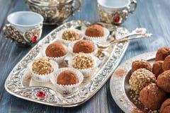 handmade конфеты шелушатся, пшено, высушенные плодоовощи и гайки Стоковые Фотографии RF
