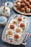 handmade конфеты шелушатся, пшено, высушенные плодоовощи и гайки Стоковое Фото
