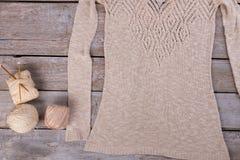 Handmade поставки блузки и вязания крючком Стоковые Фотографии RF