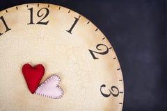 Handmade сшитые сердца на часах Стоковая Фотография RF