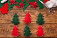 Handmade украшения рождества, diy проект на праздники стоковое изображение rf