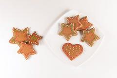 Handmade украшенные печенья имбиря стоковая фотография rf