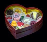 Handmade шоколады в коробке в форме сердца Стоковая Фотография RF