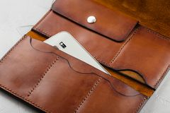 Handmade brown rzemienny portfel otwarty Zdjęcie Royalty Free