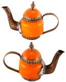 Handmade ceramiczny pomarańczowy czajnik Fotografia Stock