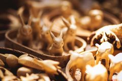 Handmade drewniane zabawki sprzedawać na rynku Zdjęcia Stock
