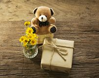 Free Handmade Gifts And Little Bear 2 Royalty Free Stock Image - 100540766