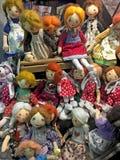 Handmade lal dziewczyny w sklepowym okno Zdjęcie Royalty Free