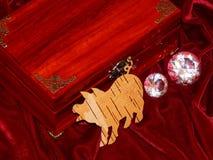 Handmade mahoniowy biżuterii pudełko zdjęcia stock