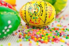 Handmade malujący Wielkanocni jajka Obrazy Royalty Free
