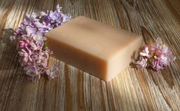 Handmade naturalny i kwiecisty myd?o zdjęcia stock