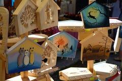 Handmade obrazy w różnych kształtach przy rynkiem fotografia royalty free
