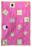 внутренность фронта предпосылки младенца handmade изолировала белизну quilt заплатки Стоковые Изображения RF