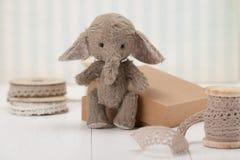 Handmade słoń miękkiej części zabawka Tradycyjny miś pluszowy Obrazy Stock