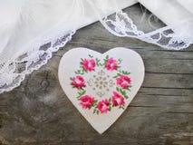 Handmade serce na drewnianym tle Zdjęcie Royalty Free